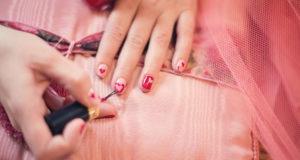 733099-nail-polish