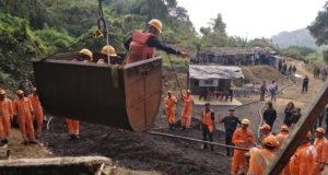 746819-miners-meghalaya